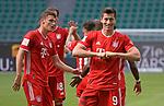 27.06.2020, Fussball: nph00001 1. Bundesliga 2019/2020, 34. Spieltag, VfL Wolfsburg - FC Bayern Muenchen, in der Volkswagen-Arena Wolfsburg. Jubel TorschŸtze Robert Lewandowski (mi., Bayern MŸnchen) zum Tor zum 0:3 per Foulelfmeter<br /><br />Foto: Bernd Feil/M.i.S./ /Pool/nordphoto<br /><br />Nur fŸr journalistische Zwecke! Only for editorial use! <br /><br />GemŠ§ den Vorgaben der DFL Deutsche Fussball: nph00001 Liga ist es untersagt, in dem Stadion und/oder vom Spiel angefertigte Fotoaufnahmen in Form von Sequenzbildern und/oder videoŠhnlichen Fotostrecken zu verwerten bzw. verwerten zu lassen. DFL regulations prohibit any use of photographs as image sequences and/or quasi-video.    <br /><br />National and international NewsAgencies OUT.