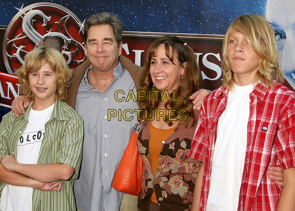 "BEAU BRIDGES & FAMILY.Los Angeles Premiere of ""The Santa Clause 3: The Escape Clause"" at the El Capitan Theatre, Hollywood, California, USA..October 29th, 2006.Ref: ADM/BP.half length kids.www.capitalpictures.com.sales@capitalpictures.com.©Byron Purvis/AdMedia/Capital Pictures."