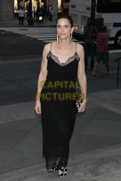 NEW YORK, NY - JUNE 2: Amanda Peet arrives to the Chanel Fine Jewelry Dinner at The New York Public Library on June 2, 2016 in New York City. <br /> CAP/MPI/DIE<br /> &copy;DIE/MPI/Capital Pictures