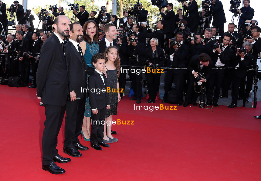 CPE/Actors Ali Mosaffa, Elyes Aguis, Jeanne Jestin, director Asghar Farhad, actor Berenice Bejo and producer Alexandre Mallet-Guy of 'Le Passe' attend the 'Zulu' Premiere and Closing Ceremony during the 66th Annual Cannes Film Festival at the Palais des Festivals on May 26, 2013 in Cannes, France.