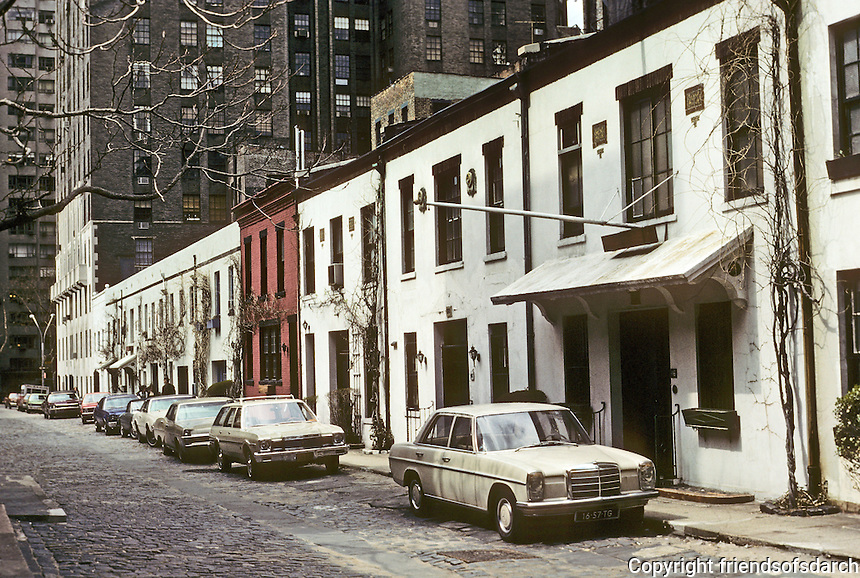 New York City: Behind Washington Square North--Washington Mews? Photo '78.