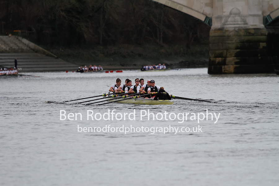 Crew: 12 - Thames - Senior<br /> <br /> Quintin Head 2017<br /> <br /> To purchase this photo, or to see pricing information for Prints and Downloads, click the blue 'Add to Cart' button at the top-right of the page.