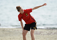 20180305 - LARNACA , CYPRUS :  Belgian Yana Daniels pictured during a Muscular warm up training session on the beach before a women's soccer game between The Belgian Red Flames and Austria , on monday 5 March 2018 on the CTO Beach in Larnaca , Cyprus . The game will be the third game in group B for Belgium during the Cyprus Womens Cup , a prestigious women soccer tournament as a preparation on the World Cup 2019 qualification duels. PHOTO SPORTPIX.BE | DAVID CATRY