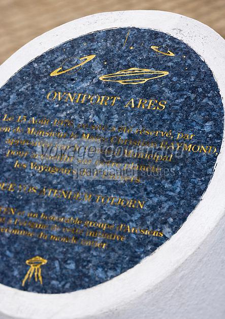 Europe/France/Aquitaine/33/Gironde/Bassin d'Arcachon: la borne qui mentionne l'Ovniport