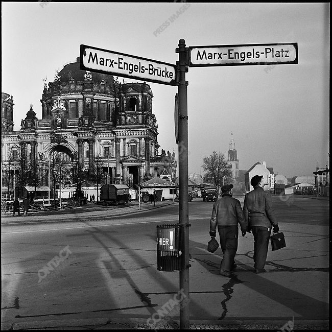 Marx-Engels Platz at the time of the construction of the Berlin Wall, East Berlin, Germany, November 1961