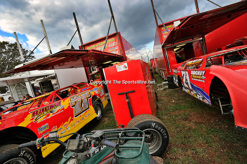 Oct 15, 2010; 4:17:35 PM;Mineral Wells,WV ., USA; The 30th Annual Dirt Track World Championship dirt late models 50,000-to-win event at the West Virginia Motor Speedway.  Mandatory Credit: (thesportswire.net)