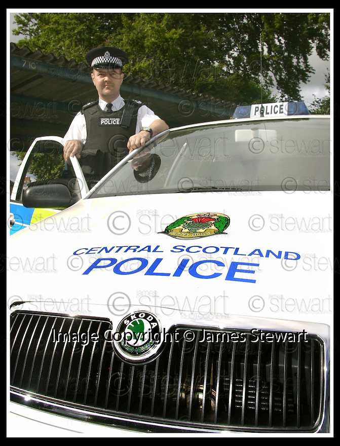 04/09/2001                Copyright Pic : James Stewart .Ref : DSC_6117                          .File Name : stewart01-police skoda.CENTRAL SCOTLAND POLICE SERGEANT COLIN LOGAN WITH HIS NEW SKODA POLICE CAR..........(see copy from Tim Bugler).James Stewart Photo Agency, Stewart House, Stewart Road, Falkirk. FK2 7AS      Vat Reg No. 607 6932 25.Office : +44 (0)1324 630007     Mobile : + 44 (0)7721 416997.Fax     :  +44 (0)1324 630007.E-mail : jim@jspa.co.uk.If you require further information then contact Jim Stewart on any of the numbers above.........