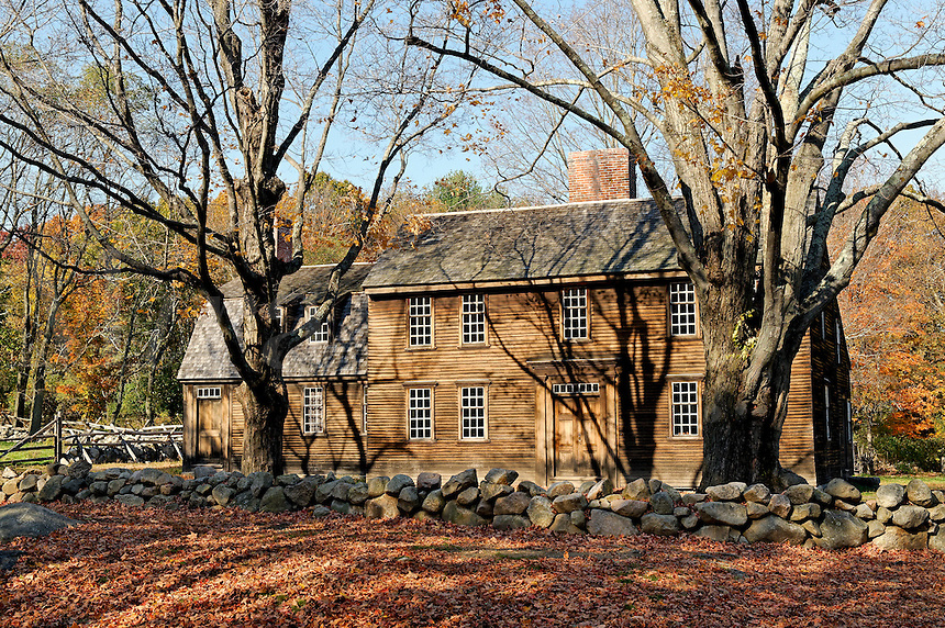 Hartwell Tavern, location of Paul Reveres capture by the British, located along Battle Road Trail, Minute Man National Historical Park, MA, USA