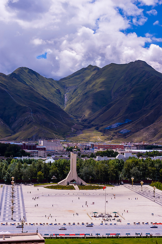 Potala Palace Plaza, Lhasa, Tibet (Xizang), China.