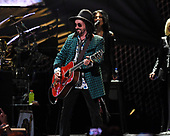 SUNRISE FL - FEBRUARY 20: Mike Campbell of Fleetwood Mac performs at The BB&T Center on February 20, 2019 in Sunrise, Florida. Photo by Larry Marano © 2019