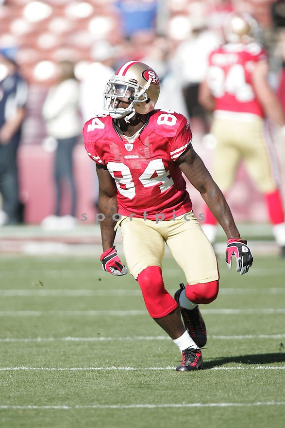 JOSH MORGAN, of the San Francisco 49ers, in action during the 49ers game against the Jacksonville Jaguars on November 29, 2009 in San Francisco, CA. 49ers won 20-3.