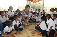 La Reine Mathilde de Belgique visite une &eacute;cole primaire &agrave; Nongsay, au Laos, lors d'une mission de trois jours en tant que Pr&eacute;sidente d'Honneur d'Unicef Belgique. Mission dont le but d'accro&icirc;tre la sensibilisation en mati&egrave;re d'&eacute;ducation de qualit&eacute;, en mati&egrave;re de sant&eacute; y compris la sant&eacute; mentale, et sur les probl&eacute;matiques de survie et de la malnutrition des enfants.<br /> Laos, 22 f&eacute;vrier 2017.<br /> Queen Mathilde of Belgium pictured during a visit to the Nongsay primary school in Nongsay, district of Barchieng, Laos, Thursday 23 February 2017. Queen Mathilde, honorary President of Unicef Belgium, is on a four days mission in Laos.
