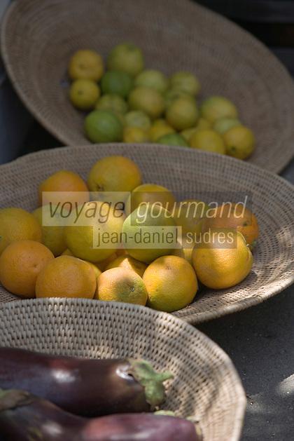Asie/Israël/Galilée/Zichron Yaacov: détail d'un étal de fruits et légumes