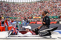 Motorsports: FIA Formula One World Championship, WM, Weltmeisterschaft 2019, Grand Prix of Mexico, 44 Lewis Hamilton GBR, Mercedes AMG Petronas Motorsport during the drivers parade