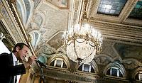 Il Presidente di Alleanza Nazionale Gianfranco Fini chiude la conferenza regionale del Lazio a Roma, 7 febbraio 2008..President of Alleanza Nazionale rightwing party Gianfranco Fini speaks during a meeting in Rome, 8 february 2008..UPDATE IMAGES PRESS/Riccardo De Luca