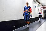 Stockholm 2015-09-04 Ishockey CHL Djurg&aring;rdens IF - EV Zug :  <br /> Djurg&aring;rdens Lukas Vejdemo p&aring; v&auml;g till omkl&auml;dningsrummet inf&ouml;r matchen mellan Djurg&aring;rdens IF och EV Zug <br /> (Foto: Kenta J&ouml;nsson) Nyckelord:  Ishockey Hockey CHL Hovet Johanneshovs Isstadion Djurg&aring;rden DIF Zug inomhus interi&ouml;r interior portr&auml;tt portrait