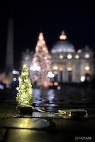 """How I would like a church that is poor and for the poor""  Pope Francis.""Come vorrei una Chiesa povera e per i poveri"" Papa Francesco.""Cómo me gustaría una Iglesia pobre y para los pobres""Papa Francisco. Christmas tree in St. Peter square at the Vatican.December 13, 2016."