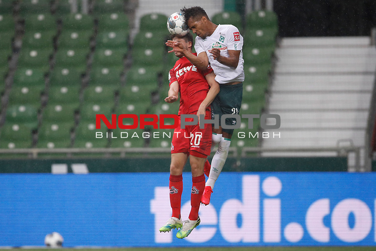 27.06.2020, wohninvest , nphgm001, WESERSTADION, Bremen, Ligaspiel, 1. Bundesliga, SV Werder Bremen vs 1. FC Koeln, im Bild v.l. Elvis Rexhbecaj (20, Koeln), Theodor Gebre Selassie (23, Bremen)<br /> Foto: Joachim Sielski/Sielski-Press/Pool/gumzmedia/nordphoto<br />