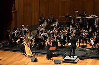 RIO DE JANEIRO, RJ, 16 AGOSTO 2012 -  ANIVERSARIO DA JB FM- A cantora Zelia Duncan participa com a Orquestra Sinfonica Brasileira do aniversario da Radio JBFM no Theatro Municipal, na Cinelandia, centro do Rio de Janeiro.(FOTO:MARCELO FONSECA / BRAZIL PHOTO PRESS).