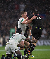 Twickenham, United Kingdom, Saturday, 10th  November 2018, RFU, Rugby, Stadium, England,  Owen FARRELL and Maro ITOJE, tackle Ben SMITH, during the   Quilter, Autumn International, England vs New Zealand, , © Peter Spurrier