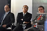 BRASÍLIA, DF, 26.04.2017 – ALCKMIN-DF – O ministro da Saúde, Ricardo Barros e o governador de São Paulo Geraldo Alckmin durante abertura do IV Encontro dos Municípios com o Desenvolvimento Sustentável, organizado pela Frente Nacional de Prefeitos,  na manhã desta quarta-feira, 26, no Estádio Nacional Mané Garrincha.(Foto: Ricardo Botelho/Brazil Photo Press)