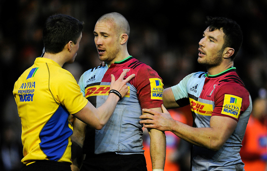 Referee Craig Maxwell-Keys with Harlequins' Mike Brown and George Lowe<br /> <br /> Photographer Ashley Western/CameraSport<br /> <br /> Rugby Union - Aviva Premiership Round 9 - Harlequins v Saracens - Saturday 9th January 2016 - The Stoop - London<br /> <br /> &copy; CameraSport - 43 Linden Ave. Countesthorpe. Leicester. England. LE8 5PG - Tel: +44 (0) 116 277 4147 - admin@camerasport.com - www.camerasport.com