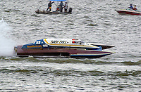 "Mario Maraldo, GP-59 ""Baby Doll III, Grand Prix class hydroplane.Rising Sun Regatta, Ohio River, Rising Sun, IN, USA 8-9 September,2001.Copyright©F.Peirce Williams 2001..F. Peirce Williams .photography.P.O.Box 455  Eaton, OH 45320 USA.p: 317.358.7326  e: fpwp@mac.com"