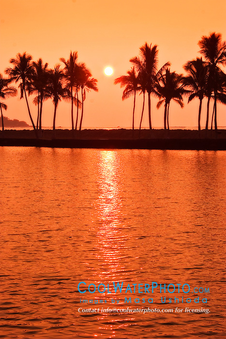 sunset over Ku`uali`i Fishpond ( an anchialine pond),  Waikoloa Beach, Anaehoomalu or `Anaeho`omalu Bay, Waikoloa, Kohala Coast, Big Island, Hawaii, USA, Pacific Ocean