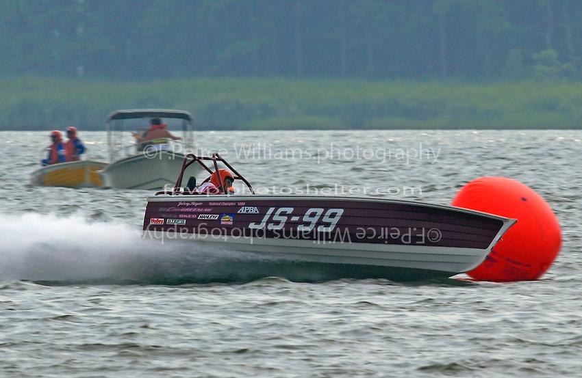 "Dave Greenlaw, Sr., JS-99 ""Veri Cheri Too""  (Jersey Speed Skiff(s)"