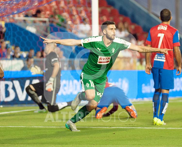 SD Eibar's Borja during La Liga match. September 23, 2015. (ALTERPHOTOS/Javier Comos)