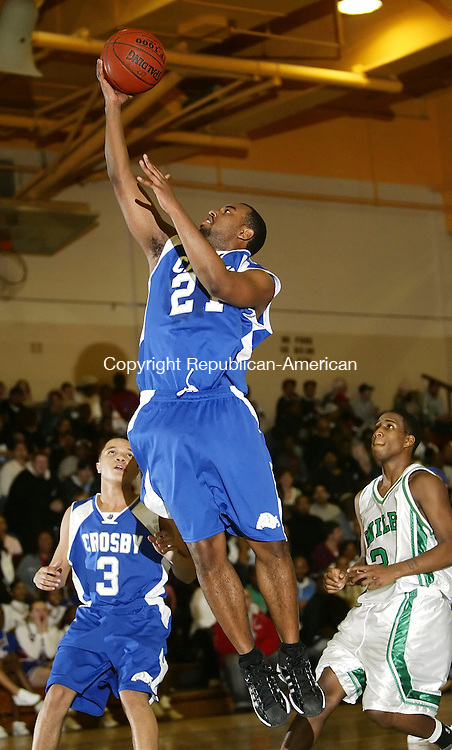 WATERBURY, CT 01/08/08-010808BZ13- Crosby's Lavar Moore (21) goes to the hoop against Wilby during their game at Wilby High School Tuesday night.<br /> Jamison C. Bazinet Republican-American