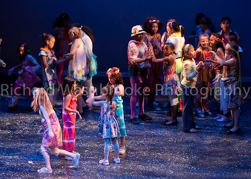 Theatretrain - Ilford 5th June 2011 Godzpell..© Washbrooke - Harpenden, Herts, England - Tel: +44 (0) 7991853325 - richard@washbrooke.com - www.richardwashbrooke.photoshelter.com