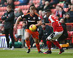 Charlton's Ademola Lookman tussles with Sheffield United's Jack O'Connell during the League One match at the Valley Stadium, London. Picture date: November 26th, 2016. Pic David Klein/Sportimage
