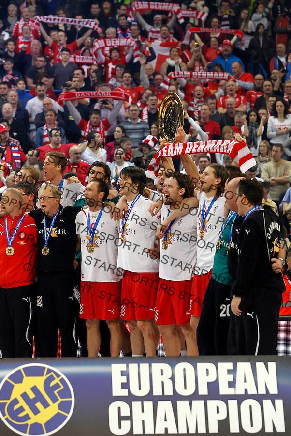 Denmark handball players listen to teh national anthem after final men`s EHF EURO 2012 handball championship game against Serbia in Belgrade, Serbia, Sunday, January 29, 2011.  (photo: Pedja Milosavljevic / thepedja@gmail.com / +381641260959)