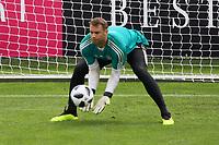 Torwart Manuel Neuer (Deutschland Germany) - 24.05.2018: Training der Deutschen Nationalmannschaft zur WM-Vorbereitung in der Sportzone Rungg in Eppan/Südtirol