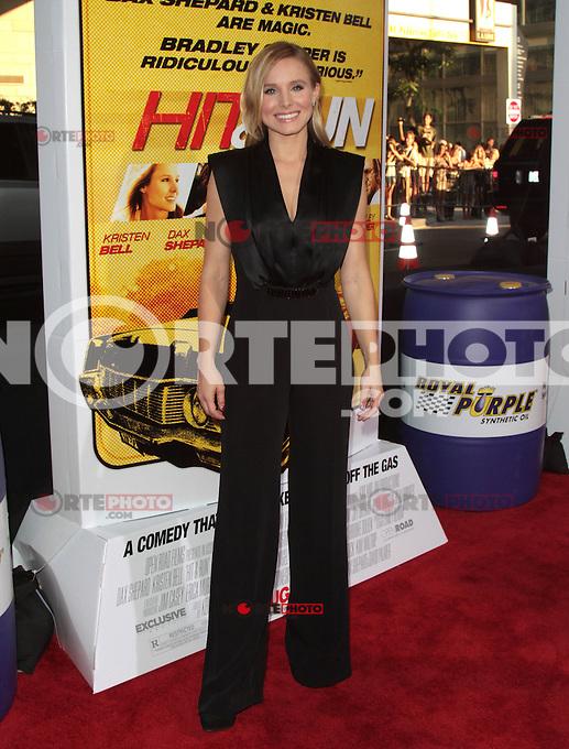 LOS ANGELES, CA - AUGUST 14: Kristen Bell arrives at the 'Hit &amp; Run' Los Angeles Premiere on August 14, 2012 in Los Angeles, California MPI21 / Mediapunchinc /NortePhoto.com<br /> <br /> **CREDITO*OBLIGATORIO** *No*Venta*A*Terceros*<br /> *No*Sale*So*third* ***No*Se*Permite*Hacer Archivo***No*Sale*So*third*