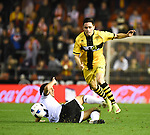 Valencia's Daniel Parejo and Barakaldo's Ortega during Spain King Cup match. December 16, 2015. (ALTERPHOTOS/Javier Comos)