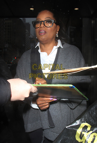 NEW YORK, NY - JANUARY 3: Oprah Winfrey at CBS This Morning promoting her new book Food, Health, and Happiness: 115 On-Point Recipes for Great Meals and a Better Life in New York City on January 03, 2017. <br /> CAP/MPI/RW<br /> &copy;RW/MPI/Capital Pictures