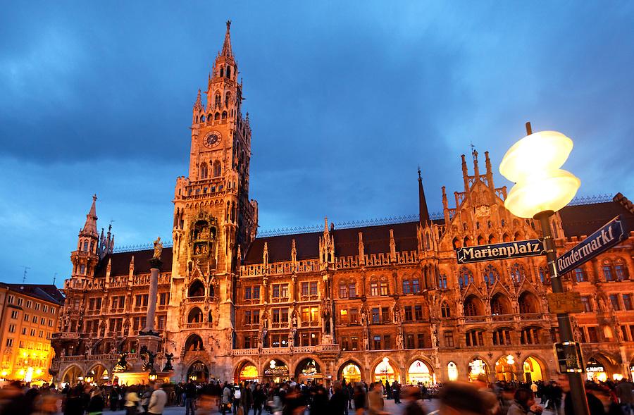 New Rathaus at twilight, Marienplatz, Old Town Munich, München, Bavaria, Germany, Deutschland, Europe