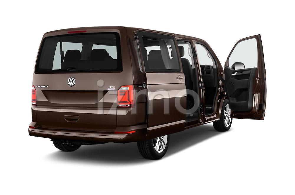 Car images of 2016 Volkswagen Caravelle Comfortline 5 Door Minivan Doors