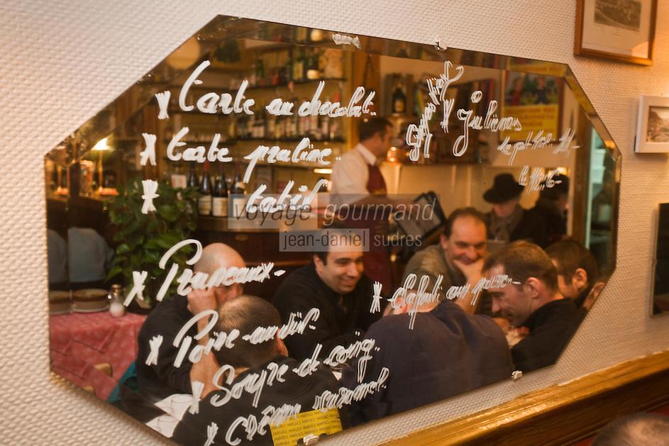 Europe/France/Rhône-Alpes/69/Rhône/Lyon:  Au Petit Bouchon :Chez Georges, 8  rue du Garet