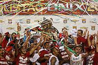 SAO PAULO, SP, 13.04.2014 - CAMP. PAULISTA X SANTOS X ITUANO - Jogadores do Ituano comemoram a conquista do Campeonato Paulista apos vencer o Santos nos Penaltis no Estadio Paulo Machado de Carvalho, o Pacaembu na tarde deste domingo, 13. (Foto: William Volcov / Brazil Photo Press).