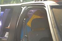 SAO PAULO, SP, 07 MARÇO DE 2012 _Acusado de atear fogo nos carros Alegoricos Luciano Zacarias de 39anos, apos a apuracao do carnaval 2012 deixa o (DEATUR) Delegacia especializada de Atendimento ao Turista, depois de prestar depoimento.(FOTO: ADRIANO LIMA - BRAZIL PHOTO PRESS)