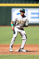 Oakland Athletics shortstop Yairo Munoz (29) during practice before an Instructional League game against the Arizona Diamondbacks on October 10, 2014 at Chase Field in Phoenix, Arizona.  (Mike Janes/Four Seam Images)