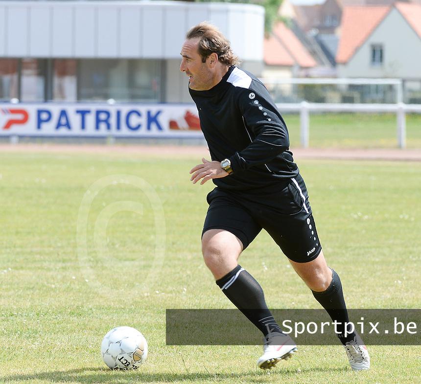 KV Kortrijk Stage Berck sur Mer : training met coach Yves Vanderhaeghe <br /> foto VDB / BART VANDENBROUCKE
