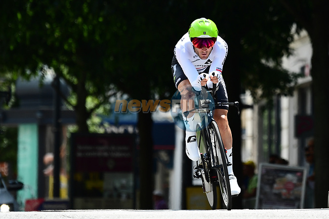 British National Champion Steve Cummings (GBR) Team Dimension Data in action during the opening Prologue of the 2018 Criterium du Dauphine 2018 running 6.6km around Valence, France. 3rd June 2018.<br /> Picture: ASO/Alex Broadway | Cyclefile<br /> <br /> <br /> All photos usage must carry mandatory copyright credit (© Cyclefile | ASO/Alex Broadway)