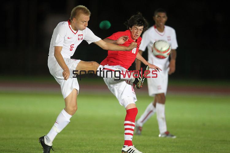 Wales v Poland  U16 Schoolboy International..Leckwith Stadium.07.09.10.©Steve Pope...