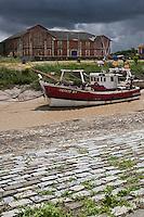 Europe/France/Aquitaine/33/Gironde/Saint-Christoly-Médoc: le port sur l'estuaire de la Gironde