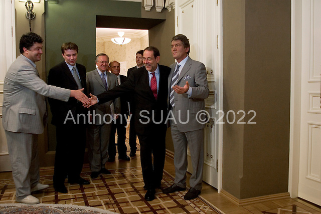 Kiev, Ukraine.July 19, 2005 ..Ukraine President Victor Yuschenko waits for the arrival of Javier Solana, European Union High Representative for Common Foreign and Security Policy at his office in Kiev. ....