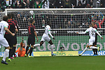 06.10.2019, Borussia-Park - Stadion, Moenchengladbach, GER, DFL, 1. BL, Borussia Moenchengladbach vs. FC Augsburg, DFL regulations prohibit any use of photographs as image sequences and/or quasi-video<br /> <br /> im Bild Denis Zakaria (#8, Borussia Moenchengladbach) macht das Tor zum 1:0<br /> <br /> Foto © nordphoto/Mauelshagen